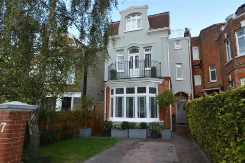 Pembury Road, Westcliff-on-Sea, Essex, SS0. 5 bedroom semi-detached house for sale