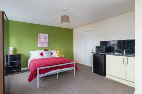 Whickham Street East, Nr St Peters Campus, SUNDERLAND, Tyne and Wear. Studio flat