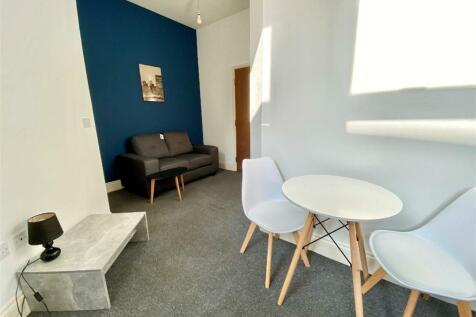 Norfolk Street, Sunderland, Tyne and Wear. Studio flat