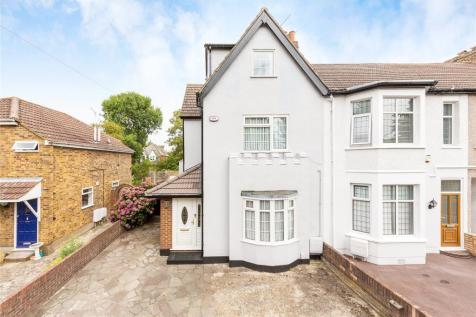 Junction Road, Romford, RM1. 4 bedroom end of terrace house for sale