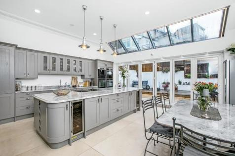 Forest Hill Road, Forest Hill, London, SE23. 6 bedroom detached house for sale