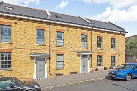 Moonlight Drive, Forest Hill, London, SE23. 3 bedroom house for sale