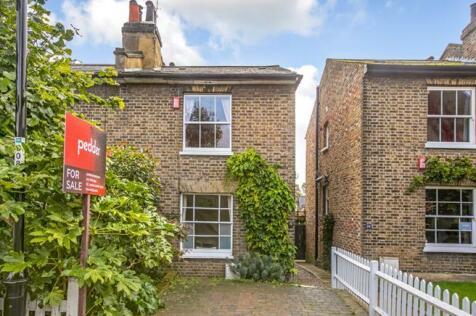 Halifax Street, London, SE26. 2 bedroom semi-detached house for sale