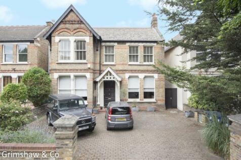 Gordon Road, Ealing, London. 5 bedroom detached house