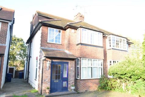 Fosse Way, Ealing, London. 4 bedroom house for sale