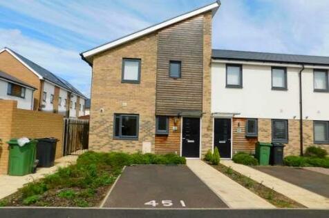 Hartley Avenue, Peterborough, Cambridgeshire, PE1. 3 bedroom end of terrace house