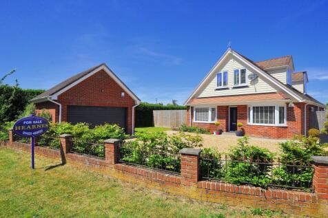 Gorley Road, Ringwood, BH24 1TJ. 5 bedroom detached house