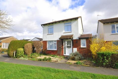Kingfisher Way, Ringwood, BH24 3LP. 3 bedroom detached house