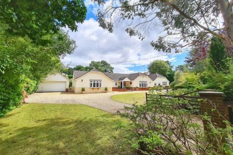 Lions Lane, Ashley Heath, BH24 2HN. 5 bedroom detached bungalow