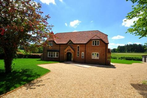 Crendell, Fordingbridge, SP6 3EB. 4 bedroom detached house