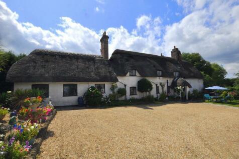 Ibsley, Ringwood, BH24 3PP. 4 bedroom cottage