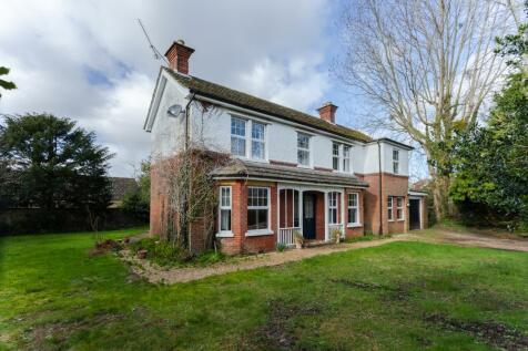 Broadshard Lane, Ringwood, BH24 1RW. 4 bedroom detached house