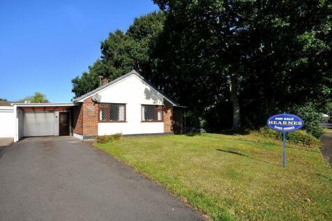 Verwood, BH31 6EW. 2 bedroom bungalow