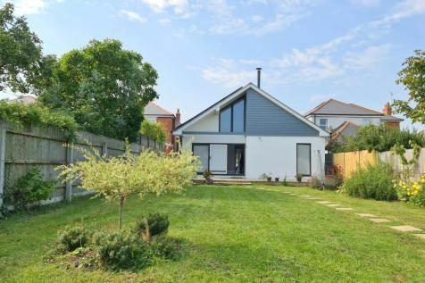Parsonage Barn Lane, Ringwood, BH24 1PT. 5 bedroom detached bungalow