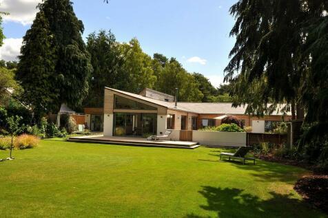 St Ives Park, Ashley Heath, Ringwood, BH24 2JX. 4 bedroom detached house