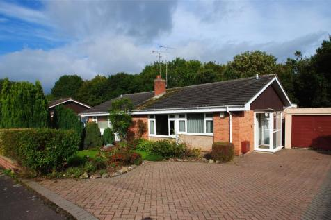 Raps Green, Taunton, Somerset, TA1. 2 bedroom bungalow for sale