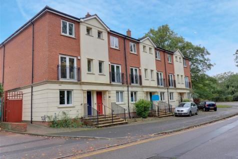Mitre Court, Taunton, Somerset, TA1. 4 bedroom end of terrace house for sale