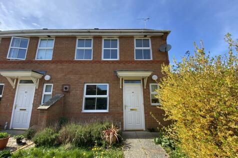 Treefields, Tudor Meadow, Buckingham, MK18. 2 bedroom end of terrace house