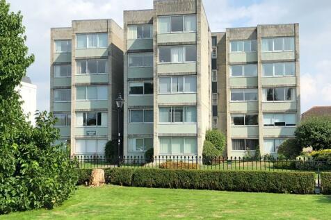 Crescent Road, Gosport, Hampshire, PO12. 2 bedroom apartment