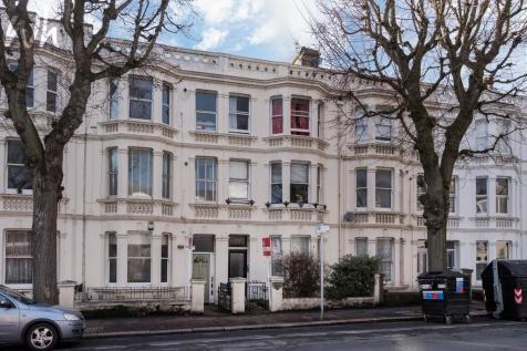 Sackville Road, Hove. 1 bedroom flat