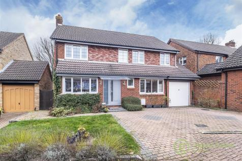 Ten Acres, Fetcham, Leatherhead. 4 bedroom detached house for sale