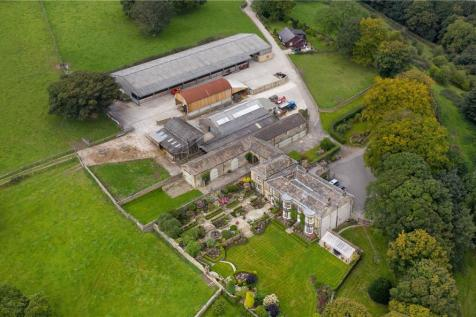 Ashday Hall and Farm, Southowram, Near Halifax, West Yorkshire, HX3. Detached house for sale