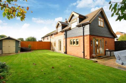 Anmore Road, Denmead. 5 bedroom semi-detached house for sale