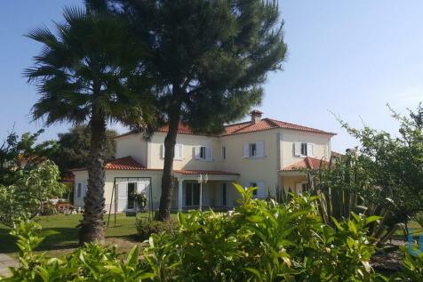 Setúbal, Sesimbra, Portugal property