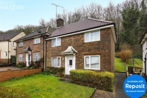 Manton Road, Brighton, East Sussex, BN2. 5 bedroom semi-detached house
