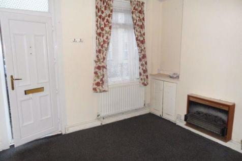 North Street, Luton. 2 bedroom terraced house