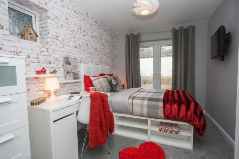 Room in Shared House. 1 bedroom house share