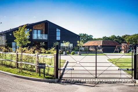 Pitt Lane, Frensham. 7 bedroom barn conversion for sale