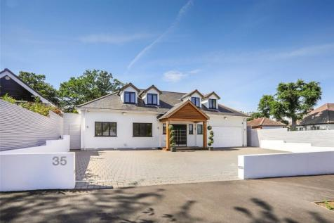 Bracken Drive, Chigwell, IG7. 5 bedroom detached house for sale