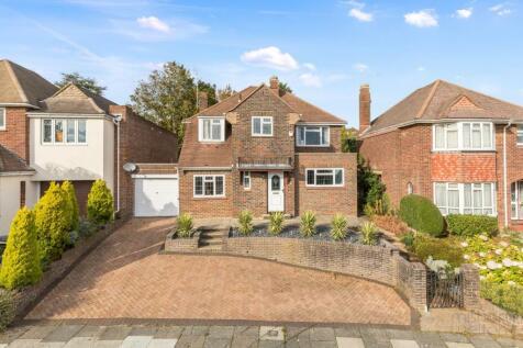 Benett Drive, Hove, Sussex, BN3. 4 bedroom detached house for sale