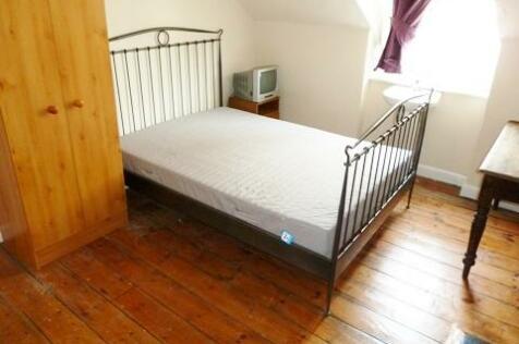 Anglo Terrace, Bath, Somerset, BA1. 6 bedroom terraced house