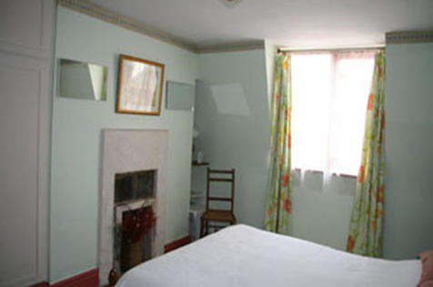 Little Stanhope Street, Bath, Somerset, BA1. 3 bedroom terraced house