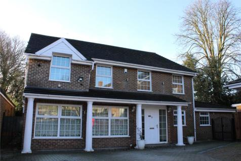 19 Wonford Close, Coombe Hill, Kingston Upon Thames, KT2. 5 bedroom detached house for sale