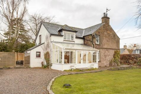 Perth Road, Stanley, Perth. 4 bedroom house for sale