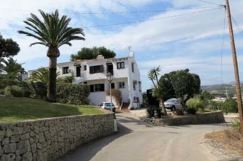Valencia, Alicante, Moraira. 2 bedroom terraced house for sale