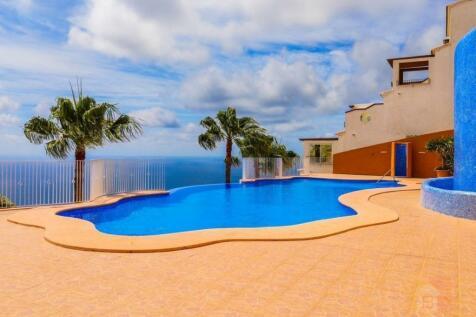 Valencia, Alicante, Benitatxell. 1 bedroom serviced apartment for sale