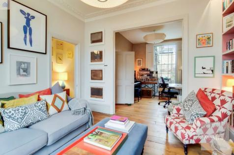 Malvern Road, London, E8. 3 bedroom terraced house for sale