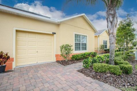 Clermont, Lake County, Florida. 2 bedroom retirement property for sale
