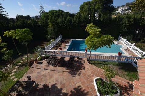 Andalucia, Malaga, Mijas-Costa. 7 bedroom villa for sale