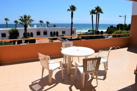 Spain. 2 bedroom apartment for sale