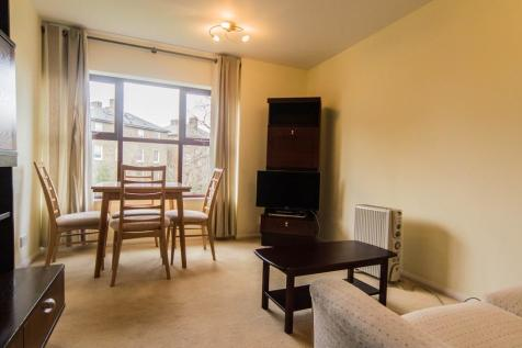Pursewardens Close, Culmington Road. 1 bedroom flat