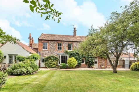 Burnham Market. 5 bedroom detached house