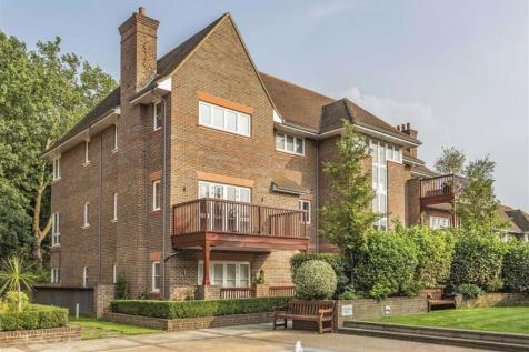 Hammers Lane, Mill Hill, London. 3 bedroom apartment