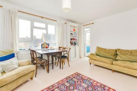 Heslop Court, Boundaries Road, London, SW12. 3 bedroom apartment