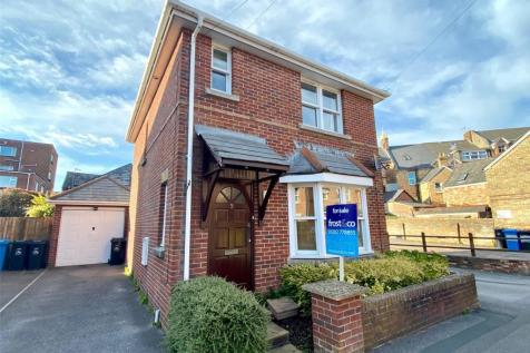 Wessex Road, Lower Parkstone, Poole, Dorset, BH14. 2 bedroom detached house