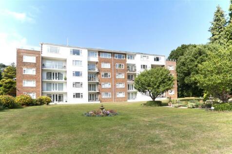 The Avenue, Branksome Park, Poole, Dorset, BH13. 2 bedroom apartment